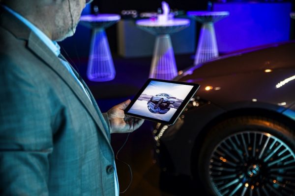 Emirates Motor Company unveils the new EQS in Abu Dhabi