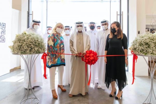 FIRETTI CONTEMPORARY OPENS PRAXIS OF CHANGE